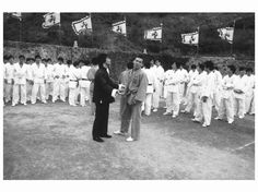 Behind the scene on  Enter The Dragon.