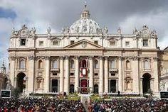 La religión más difundida en Italia es el cristianismo, presente desde la época de los apóstoles. La confesión mayoritaria es el Catolicismo.