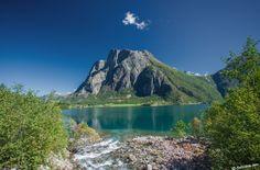 Goksøyra in Eresfjord, Norway