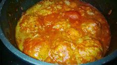 Tupun tupa: Jätti lihapullat tomaattikastikkeessa