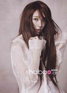 Yoon Eun-hye rocks sheer spring trend » Dramabeans » Deconstructing korean dramas and kpop culture