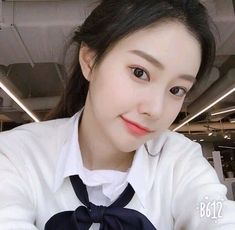 IZONE ~Hyewon~ Sung Kyung, Cute Girl Pic, Japanese Girl Group, Cute Beauty, The Wiz, Ulzzang Girl, Kpop Groups, Girl Pictures, Kpop Girls