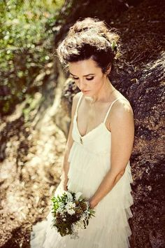 Bohemian weddings are my absolute favourite. I love brides who look like Elven princesses : )