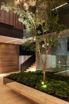 Corredores, halls e escadas modernos por Gantous Arquitectos