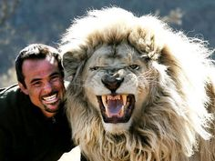 PART OF THE PRIDE, the story of the lion whisperer Kevin Richardson & his pride of big cats. It is written with Tony Park & released from St. Kevin Richardson, Animals And Pets, Baby Animals, Cute Animals, Wild Animals, Beautiful Lion, Animals Beautiful, Man Hug, Cute Animal Videos