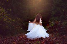 Children Photography Children Photography, Family Photographer, Wedding Dresses, Fashion, Bride Dresses, Moda, Bridal Wedding Dresses, Fashion Styles, Weeding Dresses