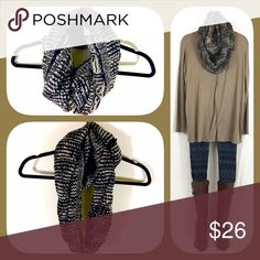 Thick Black Patterned Infinity Scarf 🍂🍁BOUTIQUE🍁🍂 ✅Not thin. So warm, stylish, and cozy!  ✅One size fits all ✅I stock other items (like tunics, ponchos, and leggings) that complement each other --- go take a look!  ✅Price firm, BUT... ✅Want 15% off AND a free gift? Bundle 3+ items!  ✅Check out my other warm scarves! 🍁🍂💥Happy Poshing!💥🍂🍁 Accessories Scarves & Wraps