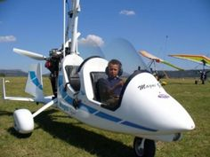 Gyrocopters South Africa - Gyrocopter or Autogyro's can fly safely at low speeds… Dodge Power Wagon, Adventure Holiday, Learn To Fly, Adventure Activities, Outdoor Activities, South Africa, Aircraft, Tours, Spacecraft