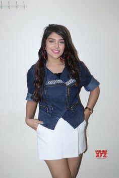 """Mumbai: Promotion of film """"Genius"""" Ishita Chauhan - Social News XYZ Photos: #IshitaChauhanPromotion of film #Genius Bollywood Girls, Bollywood Actors, Bollywood Celebrities, Beautiful Bollywood Actress, Most Beautiful Indian Actress, Indian Actress Photos, Indian Actresses, Girl Attitude, Cute Girl Face"""