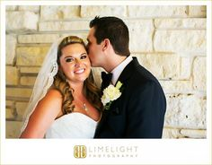 Limelight Photography, www.stepintothelimelight.com, Weddings, Grace Lutheran Church, St. Petersburg, Florida, Bride, Groom, Portrait, Flowers, White, Black, Blue, Kiss, Veil