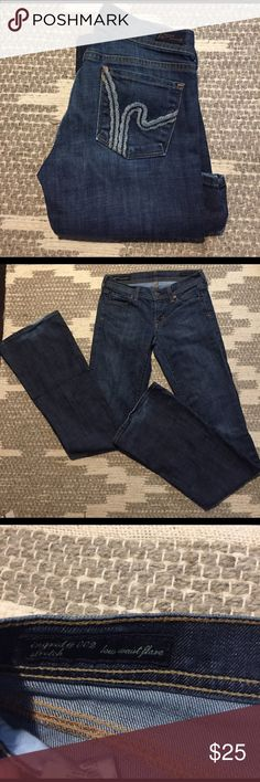 "Citizens of Humanity low waist flare jeans Worn a few times, great condition. Light fraying on bottom of jean. No other flaws. Has stretch. 33"" inseam Citizens of Humanity Jeans Flare & Wide Leg"