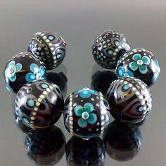 PIKALDA=handmade lampwork7beads glass=SECRET GARDEN=SRA