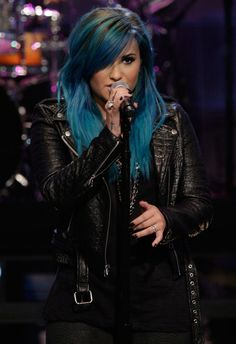 THE TONIGHT SHOW WITH JAY LENO -- Episode 4541-- Pictured: Musical guest Demi Lovato performs on October 2, 2013 -- (Photo by: Stacie McChes...