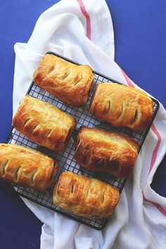 Sausage Rolls with Rosemary and Golden Onion {Street Food Monday ...