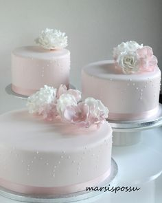 Birthday Cakes For Women, Cake Decorating Tips, Cakes And More, Beautiful Cakes, Christening, Bakery, Projects To Try, Ethnic Recipes, Desserts