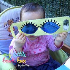 """Susana ha compartido esta foto de una de las manualidades, del libro """"Veo, veo una cosa de color... azul"""". http://www.boolino.com/es/blogboolino/articulo/veo-veo-una-cosa-de-color-azul-adivinanzas-de-colores/"""