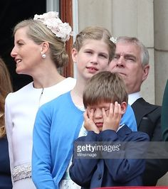 Trooping The Colour, 11 June 2016 (someone is bored)