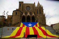 Manresa capital de la comarca del Bages, al pla de Bages. Província de Barcelona