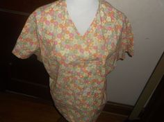 Womens Scrub Top Large Multicolored Floral Short Sleeve Peaches Brand #Peaches
