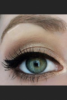 Makeup This is really pretty and very simple #EnterprisesCorp #Makeup #Beauty #Style #WorkIt #Fashion
