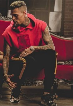 Where stories live Chris Brown Style, Breezy Chris Brown, Lenny Kravitz, Big Sean, Trey Songz, Ryan Gosling, Rita Ora, Black Boys, Black Men