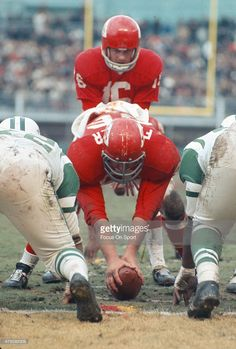 Len Dawson #16 of the Kansas City Chiefs in action against the New York Jets during an AFL Football game November 5, 1967 at Kansas City Municipal Stadium in Kansas City, Missouri.