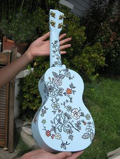 "Hand painted ukulele ""blou"" by C'est_Louise, via Flickr"