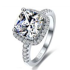 Luxurious Princess Cut Diamond Ring by Patico