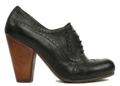 still want me some heeled oxfords!