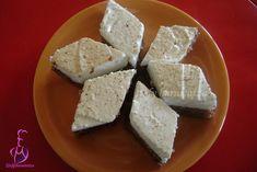 Negresa cu bezea – Stefy harnicutza Feta, Dairy, Cooking Recipes, Cheese, Chef Recipes, Recipies, Recipes