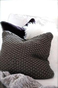decorette-perna-decorativa-tricotata
