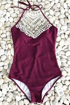 Cupshe Broken Wine Halter One-piece Swimsuit