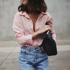 Boyfriend pink shirt + Levi's mom jeans