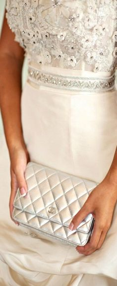 Matched Styles: This Chanel clutch matched her dress perfectly | LBV ♥✤