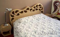 """Ensemble """"Tête de lit et chevêts en carton"""" à découvrir sur le site Cartonnable http://www.cartonnable.com/galerie-des-creations"""