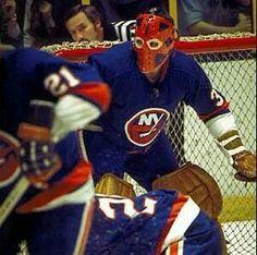 Billy Smith - NY Islanders Ice Hockey Teams, Hockey Goalie, Hockey Players, Nhl, Hockey Rules, Goalie Mask, Wayne Gretzky, Good Old Times, Carolina Hurricanes