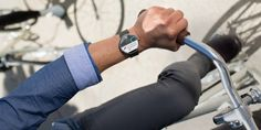 Google Android Wear, Moto 360 & LG G Watch, PS4 Virtual Reality [Tech News Digest]