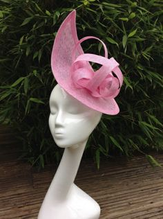 Candy pink headpiece by SUSAN FAGE #millinery #hats #HatAcademy