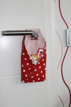 Welches Kind freut sich nicht riesig über Post???  Hier bekommt euer Kind seinen eigenen *Briefkasten für die Kinderzimmertür*. Die TüKliTa (Türklinkentasche) kann beliebig befüllt werden. Super...