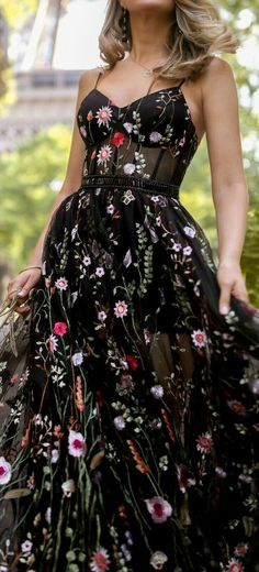 last day of spring  #fashionphotographer #fashionphotography #trendy #womensfashion #fashiondesigner #couture #trends #fashionindustry #mua #makeupforever Black Floral Dresses, Summer Floral Dress, Prom Dresses Flowers, Grad Dresses, Dance Dresses, Pretty Dresses, Evening Dresses, Bustier Dress, Floral Bustier
