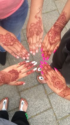- Mehndi / Henna Designs - Indian - Flowers - Wedding - Party -