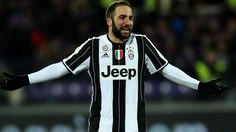 Gonzalo Higuain Photos - Gonzalo Higuain of Juventus FC reacts during the Serie A match between ACF Fiorentina and Juventus FC at Stadio Artemio Franchi on January 2017 in Florence, Italy. - ACF Fiorentina v Juventus FC - Serie A Juventus Fc, January 15, Sports, Florence Italy, Hs Sports, Sport
