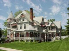 OldHouses.com - 1885 Victorian: Queen Anne - The Heather House in Marine City, Michigan