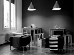 #hostel #wowhostelbcn #barcelona #commonarea #cozy #blackandwhite #hostelideas