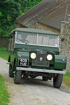 """Land Rover Series 1 80"""" 1953 Outstanding Restoration (409 YUE) - Williams Classics"""