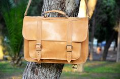 Leather Messenger Bag 15 inch Laptop Bag Natural от Leatherhood