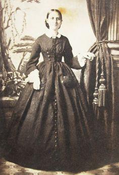 Civil War Era CDV Photo Lovely Young Women Pretty Hoop Dress St Louis Missouri   No Date.                                                                                                                                                                                 More