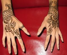 I've done this once, want to do it again... Henna<3
