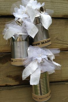 WEDDING TIN CANS