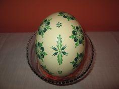 Egg Decorating, Easter Eggs, Wax, Ceramics, Crafts, Food, Inspiration, Pattern, Ceramica